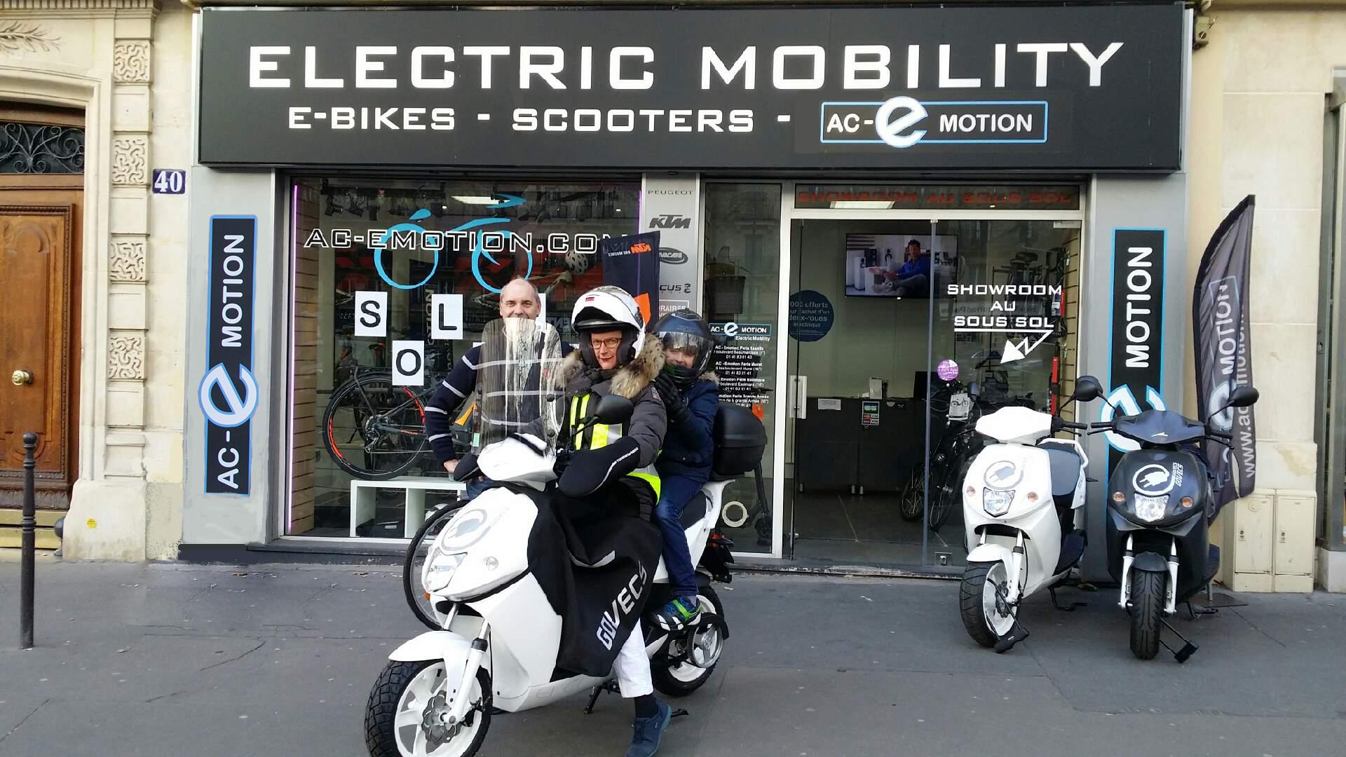 Lors de l'achat d'un scooter électrique Govecs, AC-Emotion vous indique les subventions disponibles pour réduire le prix de votre nouveau véhicule