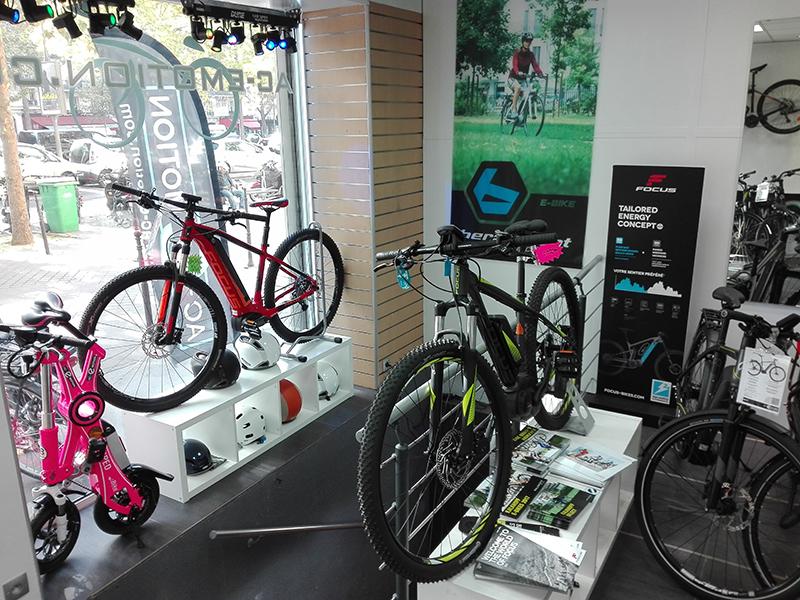 Les vélos électriques Kalkhoff, Focus, KTM, Peugeot, Gitane au magasin AC-Emotion Grand-Armée, 40 avenue de la Grande Armée 75017 Paris
