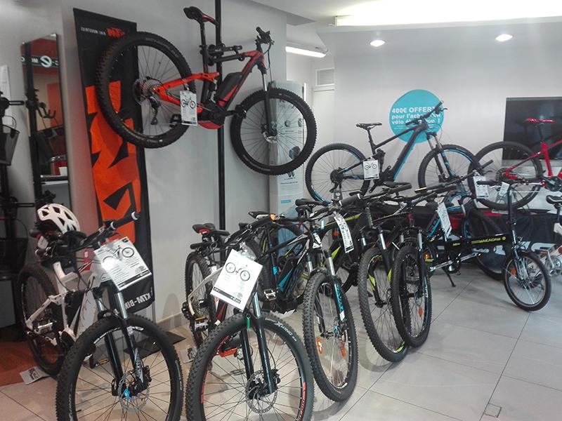 Nos vélos électriques tout-terrain (Gitane, Focus, KTM) au magasin AC-Emotion Bastille, 7 boulevard Beaumarchais 75004 Paris